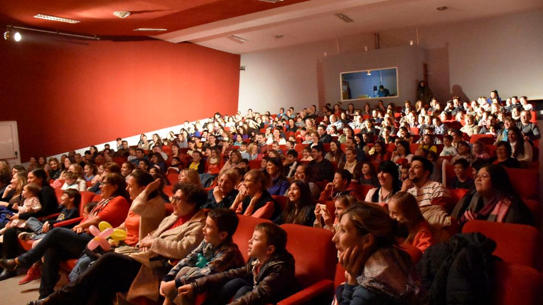 Más de 500 chicos disfrutaron del primer fin de semana de Teatro en Vacaciones