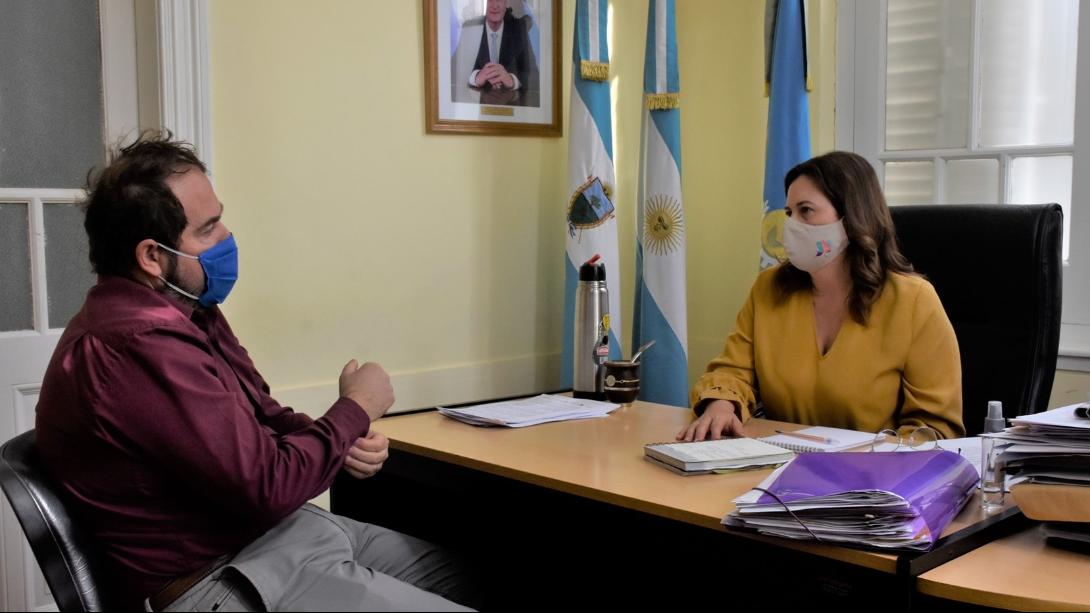 EL DECANO DE LA FACULTAD DE INGENIERÍA SE REUNIÓ CON ALONSO