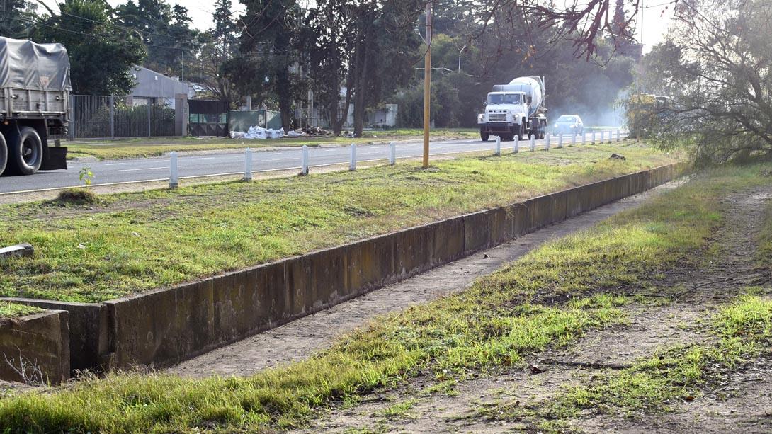 El municipio realiza limpieza de veredas, de canales y mantenimiento de calles