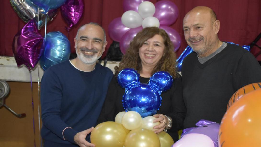 Se repite el éxito: Concurrida Feria de Emprendedores en la Española