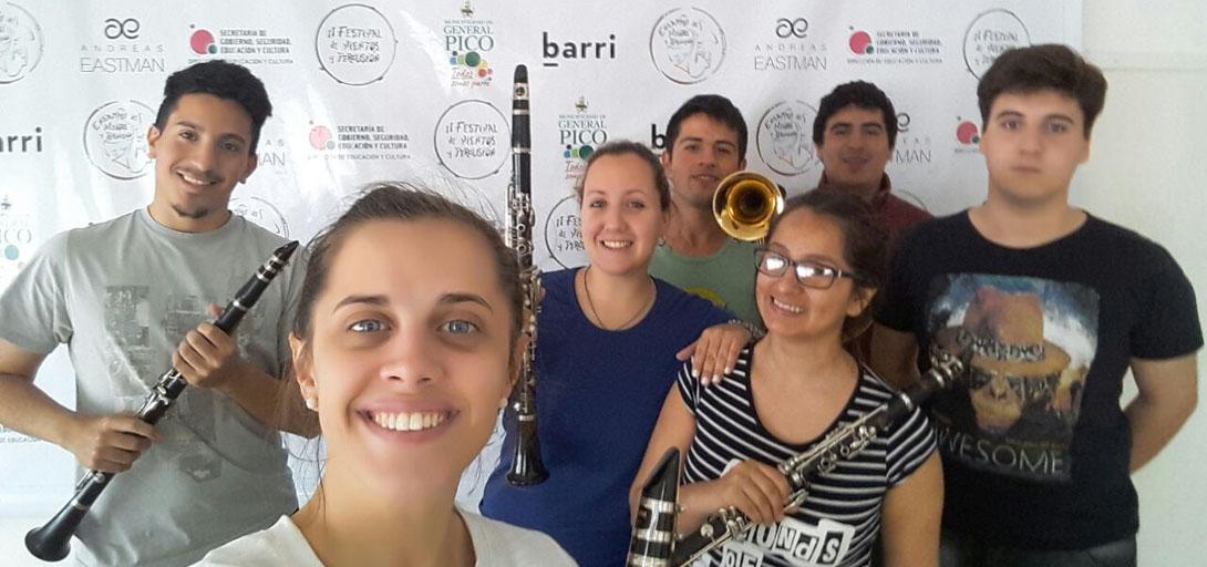 Integrantes del Ensamble de Vientos y Percusión viajaron a Tucumán