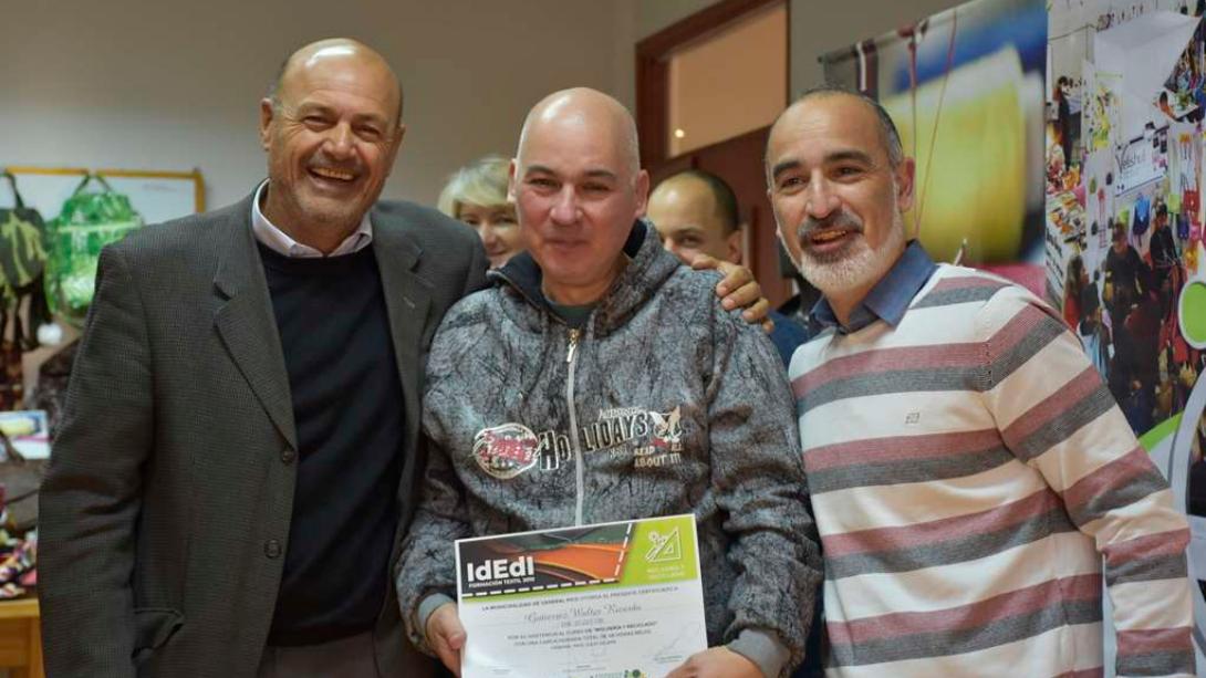 Entregaron certificados a más de setenta egresados de los cursos de IdEdI