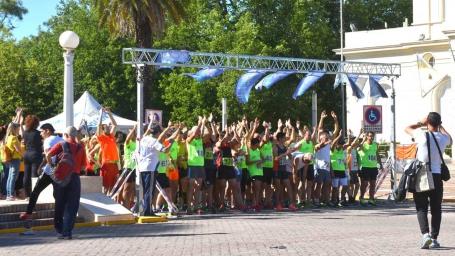 Con más de mil personas, se realizó la Maratón Aniversario