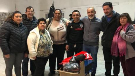 La Comisión Vecinal Carlos Berg recibió elementos deportivos
