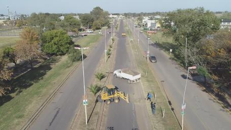 Realizan limpieza de calles en los accesos de la ciudad