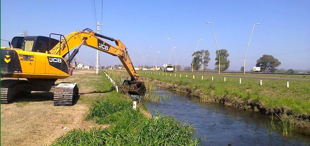Realizaron trabajos de limpieza y mantenimiento de canales