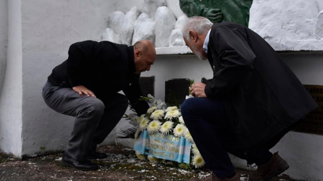 Homenaje a los héroes caídos en el Crucero ARA General Belgrano
