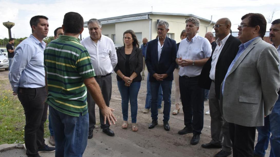 Funcionarios de Gobierno recorrieron empresas productivas locales radicadas en Zona Franca
