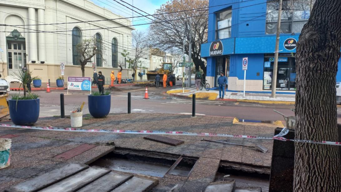 CONTINUARÁN LAS REPARACIONES EN EL ASFALTO DE LA CIUDAD