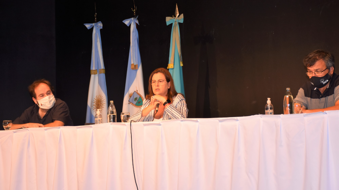 EL MUNICIPIO FIRMÓ UN CONVENIO TRIPARTITO CON LA FACULTAD DE INGENIERÍA Y EMPRESAS PRIVADAS