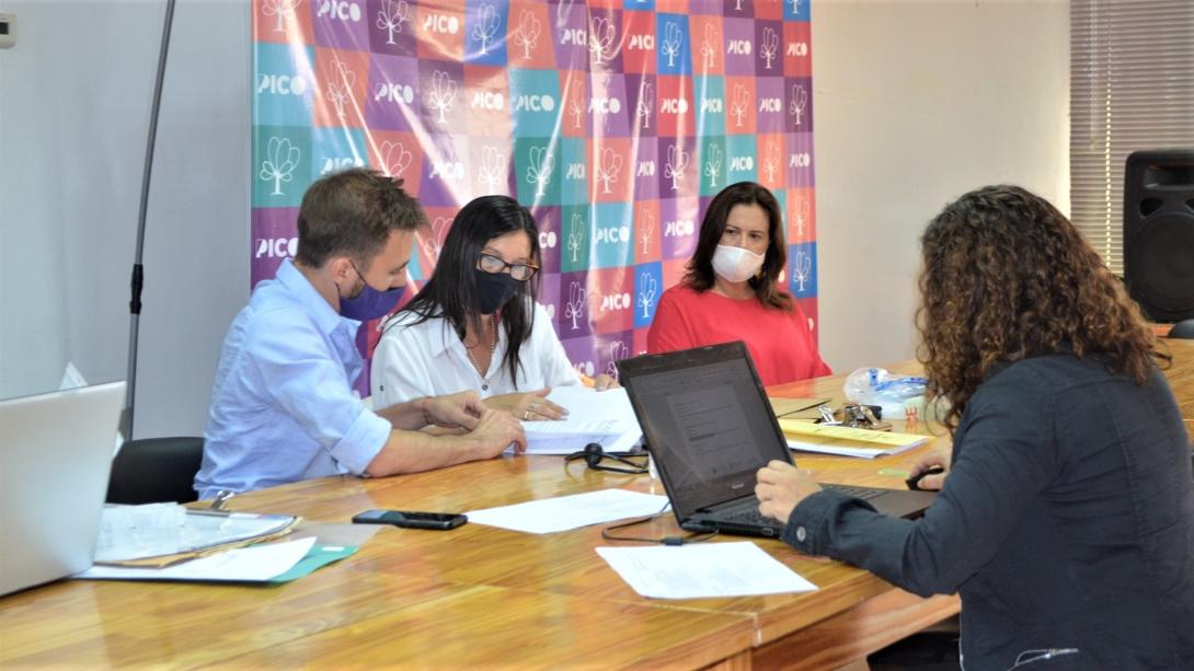 TRES EMPRESAS LOCALES PROVEERÁN EQUIPAMIENTO INFORMÁTICO Y DE CONECTIVIDAD A DIVERSAS ÁREAS DEL EJECUTIVO MUNICIPAL