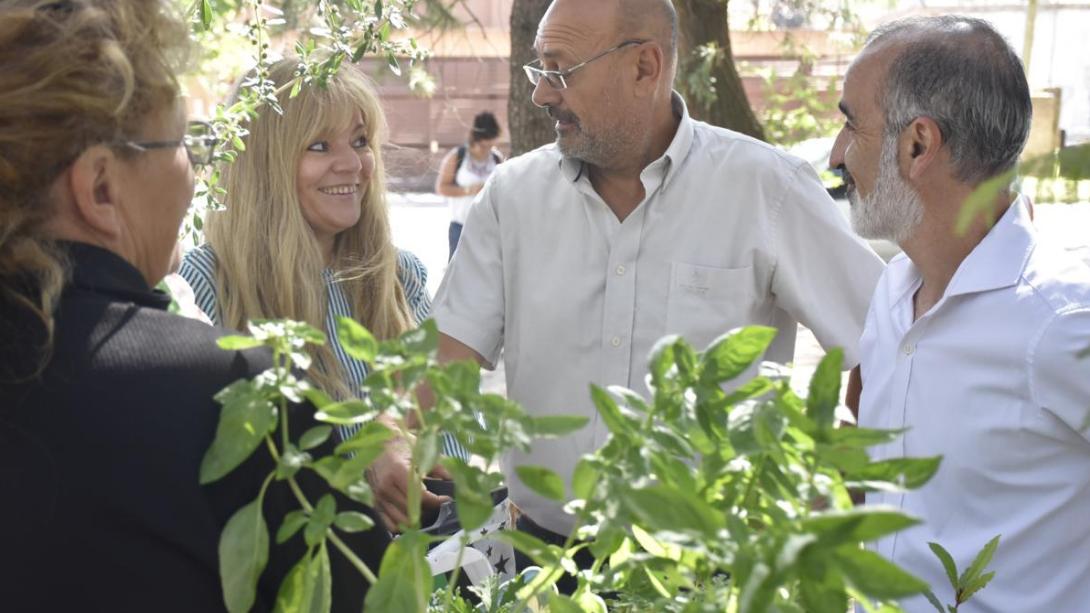 Exitoso miércoles de Feria Hortícola y Florícola