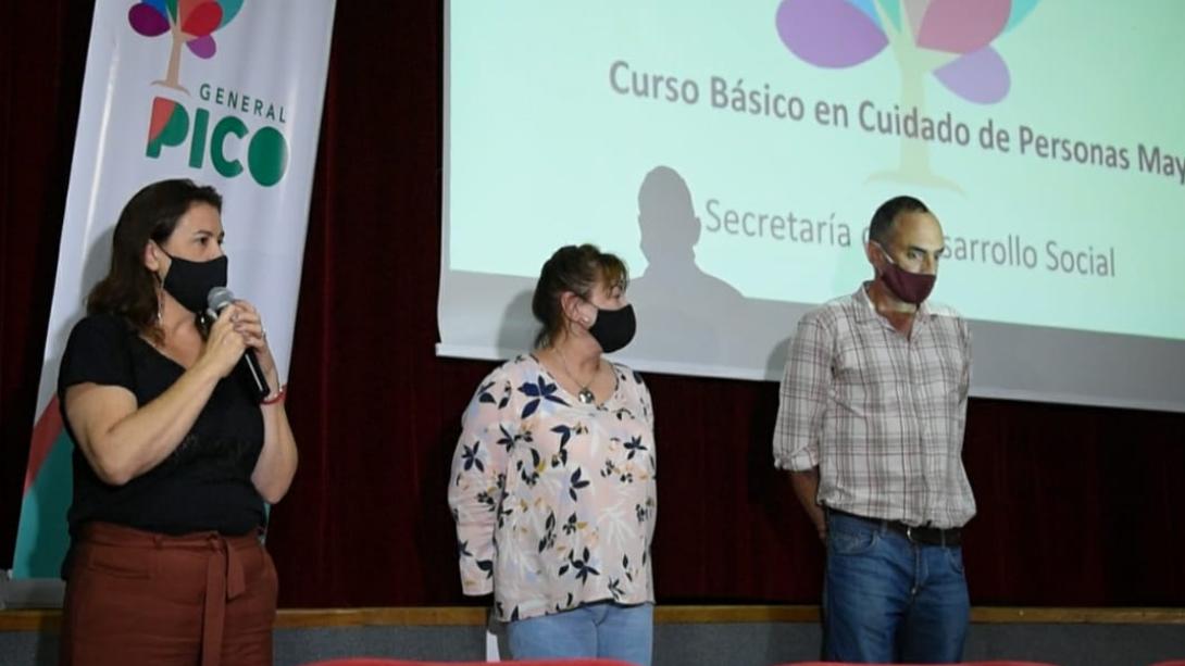 APERTURA DEL CENTRO MUNICIPAL DE FORMACIÓN LABORAL