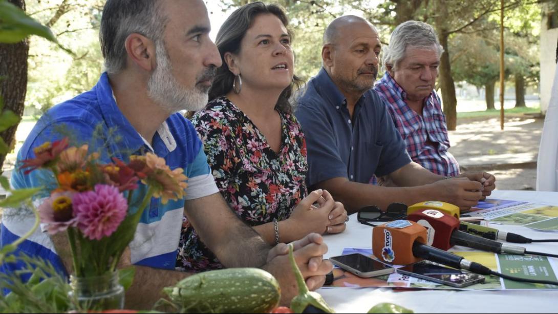 La Feria Hortícola y Florícola suma un nuevo día de ventas