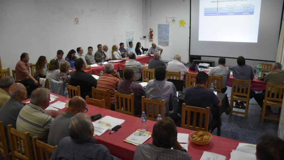 El Ministro Franco presente en la reunión de intendentes de la zona II