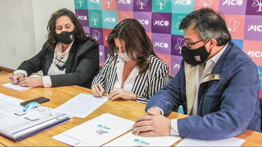 EL MUNICIPIO FIRMÓ DOS IMPORTANTES CONVENIOS CON NACIÓN